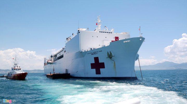 Tàu bệnh viện USNS Mercy