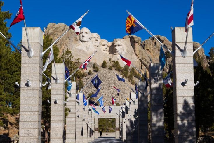 Núi tổng thống Mỹ, khám phá nước Mỹ