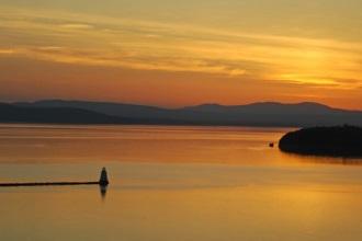 Hồ Champlain, một trong 5 hồ lớn nhất nước Mỹ