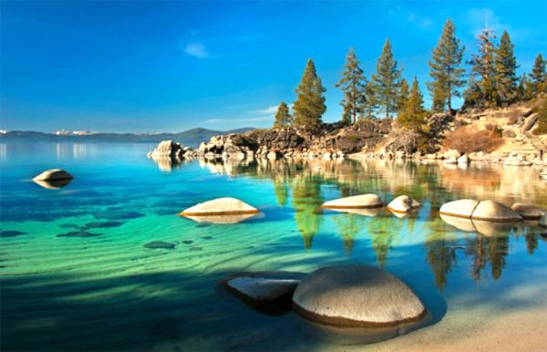 Hồ Tahoe, một trong 5 hồ lớn nhất nước Mỹ